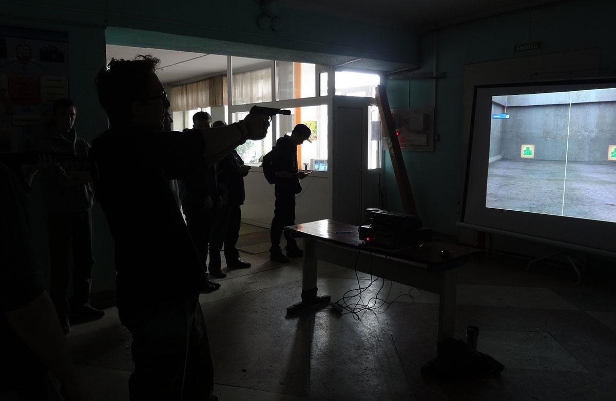 Соревнование по стрельбе из лазерного оружия по мишеням